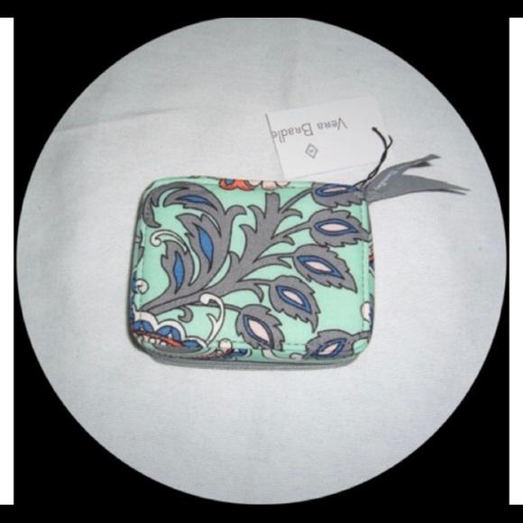 """Vera Bradley """"Fan Flowers"""" Pill Case"""